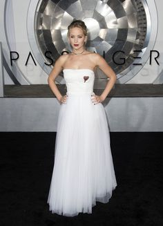 Jennifer Lawrence Corset Dress - Jennifer Lawrence was a vision in a strapless white corset gown by Christian Dior at the premiere of 'Passengers.'