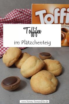 Toffiffee in cookie dough - these cookies surprise everyone Informations About Toffifee im Plätzchen Summer Desserts, Summer Recipes, Christmas Desserts, Cookies Oreo, Homemade Frappuccino, Caramel Pudding, Grilled Fruit, Pumpkin Spice Cupcakes, Ice Cream Recipes