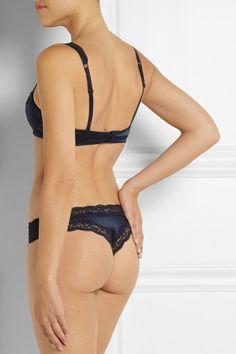 STELLA MCCARTNEY Clara Whispering stunning black lace-trimmed stretch-silk contour bra