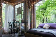Check out this awesome listing on Airbnb: Secluded Intown Treehouse - Treehouses for Rent in Atlanta Airbnb Rentals, Cabin Rentals, Vacation Rentals, Treehouse Cabins, Treehouses, Sweet Home, Room Set, Tiny House, House Inside