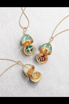 FABERGÉ AT COUTURE 2017 Cute Jewelry, Beaded Jewelry, Jewelry Accessories, Jewelry Design, Designer Jewelry, Relationship Jewelry, Faberge Jewelry, Faberge Eggs, Diy Schmuck