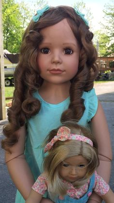 MASTERPIECE DOLL Laura by Monika Peter-Leicht (brunette with brown eyes)