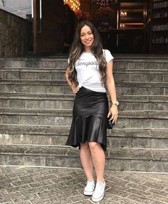 24 ideas skirt midi formal outfit for 2019 Style Désinvolte Chic, Style Casual, Casual Looks, Trendy Dresses, Casual Dresses, Casual Outfits, Short Dresses, Prom Dresses, Modest Fashion
