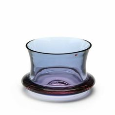 Tapio Wirkkala: A circular bowl of transparent violet glass