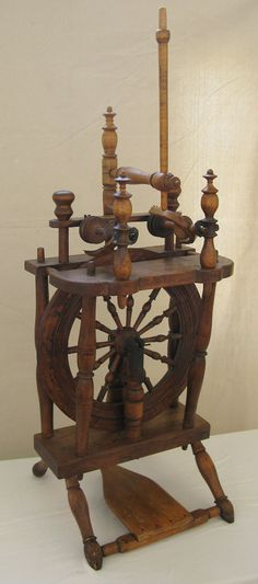 Antique Oak Maple New England Double Flyer Upright Spinning Wheel CA 1780-1822. Maker: Solomon Plant from Stratford, Connecticut