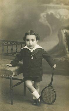 Niño tenista   by fotovintage.com