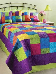 20/20 Spring Fling, I really like this quilt.  So bright and cheery looking!!  Would brighten up any room!