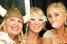 Wildfox, How To Introduce Yourself, Round Sunglasses, Wedding, Fashion, Casamento, Moda, Round Frame Sunglasses, La Mode
