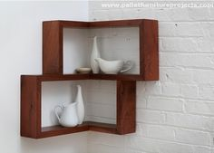 Wooden Pallet Corner Shelves
