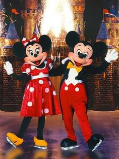 mickey minnie pictures | mickey mouse n minnie mouse mickey mouse n minnie mouse mickey mouse n ...