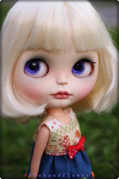 OOAK Custom Blythe doll Face up and Customized by Thehandflower