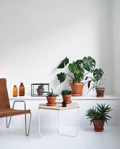ABEL side table.