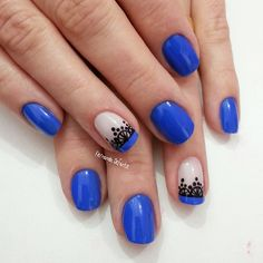 Blue nails with lace design Great Nails, Fabulous Nails, Fun Nails, Lace Nails, Beautiful Nail Art, Creative Nails, Nail Arts, Nails Inspiration, Beauty Nails