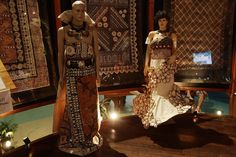 Traditional wear made from Tapa Samoan Wedding, Punk Costume, Island Wear, Different Dresses, Island Weddings, Culture Travel, Fiji, People Around The World, Traditional Dresses