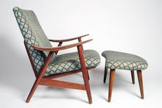 Contemporary Lounge Chair And Ottoman : Contemporary Lounge Chairs ...