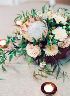 King Protea Centerpiece // Cassidy Carson Photography // Rosemary & Finch Floral Design