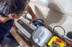 EFOY-COMFORT-Brennstoffzelle-Montage Mobile Home, Campervan, Montage, Vacuums, Survival, Home Appliances, Vans, Van Camping, Solar Installation