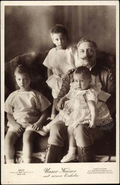 Friedrich Wilhelm's 3 boys--Wilhelm, Louis Ferdinand, and baby Hubertus--with their Opa, the Kaiser.