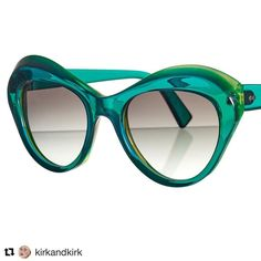 ・・・ She's new, emerald green and very naughty! Petra a magnificent #sunglass - Not for the faint hearted #fashion #sunnues #luxuryeyewear #acrylic #lightasafeather #fashionblogger