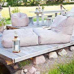 Cozy outdoor spot www.theoutdoorcompany.nl Outdoor Ligbed PEAK - We love real estate - http://casascostablanca.nl/