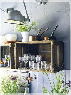 REinventa12_cajas de madera en la cocina 6