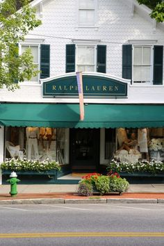Ralph Lauren storefront in the Hamptons Places To Travel, Places To Go, Travel Destinations, Great Places, Beautiful Places, Ralph Lauren Store, Store Fronts, Nantucket, Vacation Spots