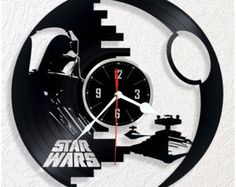 Horloge vinyle STAR WARS par WoodenHMcraft sur Etsy