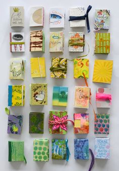 Finissage im Bücherhaus · DIY Diy And Crafts, Journalling, Paper, Fabric, Journals, Old Newspaper, Book Covers, Colored Paper, Altered Book Art