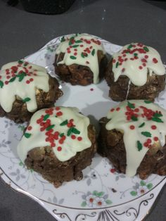Chocolate Biscuit Cake Christmas Puddings!
