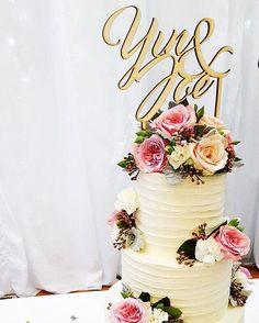 Wedding cake stand Wedding Cake Stands, Wedding Cakes, Instagram Accounts, Custom Design, Etsy Shop, Table Decorations, Wedding Gown Cakes, Cake Wedding, Wedding Cake
