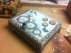 """First, I want to thank my members (WOW - I have """"members""""!) and all those people who have commented on my art projects and given me such w. Altered Cigar Boxes, Altered Tins, Altered Art, Cigar Box Projects, Cigar Box Crafts, Art Projects, Cigar Box Art, Cigar Box Purse, Mixed Media Boxes"""