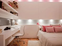 Decorating kids bedroom is fun! Particularly in case you're making the ideal space for your own youngster. Brightening children's room is fun and energizing for architects and inside decorators. Dream Rooms, Dream Bedroom, Home Bedroom, Bedroom Decor, Bedroom Themes, Teen Bedroom, Bedrooms, Bedroom Lighting, Nursery Themes