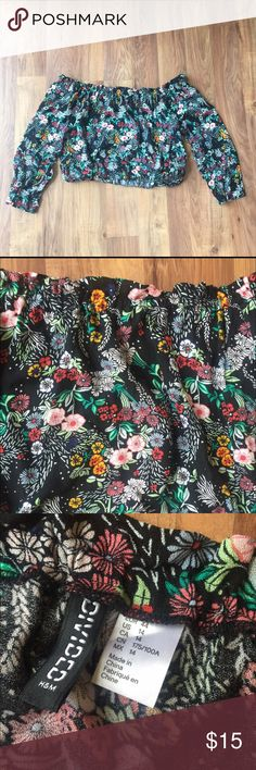 Floral long sleeve crop top Never worn, size 14/XL, EVERYTHING MUST GO!! I AM MOVING AND NEED EVERYTHING GONE. PLEASE FEEL FREE TO MAKE AN OFFER! SHIPS TODAY! Urban Outfitters Tops Crop Tops