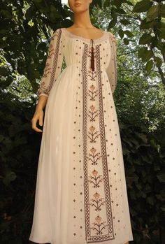 A-Line Wedding Dresses Collections Overview 36 Gorgeou… Maxi Outfits, Blush Dresses, Cotton Dresses, Hijab Fashion, Fashion Dresses, Hijab Stile, Traditional Wedding Dresses, Embroidery Fashion, Indian Designer Wear