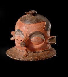 """Mask """"giphogo"""", D. R. Congo, Pende"""