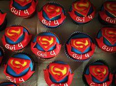 "21 curtidas, 8 comentários - Sweet Juliet (@sweetjulietbolos) no Instagram: ""Super-Gui ♥️ #supermanparty #festasuperhomem #festasuperhomemideias #festainfantil…"""