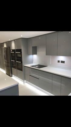 Kitchen Room Design, Home Room Design, Kitchen Cabinet Design, Modern Kitchen Design, Kitchen Layout, Interior Design Kitchen, Kitchen Ideas New House, Home Decor Kitchen, Home Kitchens