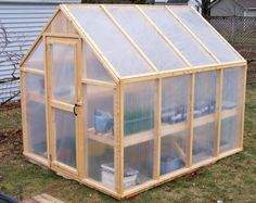 x Greenhouse Plans - PDF Version - Garten - Plantio Build A Greenhouse, Greenhouse Gardening, Greenhouse Ideas, Greenhouse Wedding, Cheap Greenhouse, Indoor Greenhouse, Homemade Greenhouse, Diy Small Greenhouse, Greenhouse Heaters