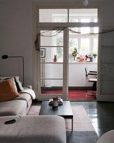 Red Floor | SoLebIch.de Foto: Colorfuloor #solebich #wohnzimmer #ideen #