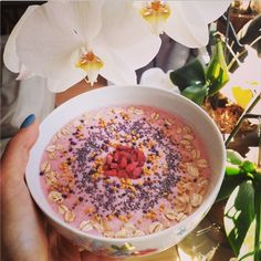 Acai bowl, topped with vanilla whey power, bee pollen, chia seeds and goji berries