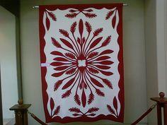 authentic handmade hawaiian quilts