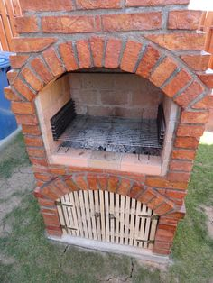 Barbecue Design 2020 - Can you use normal bricks for a BBQ Outdoor Fireplace Patio, Outside Fireplace, Stove Fireplace, Fire Pit Grill, Fire Pit Backyard, Barbeque Design, Modern Industrial Decor, Brick Bbq, Diy Grill