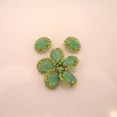 Schreiner Green Stone Rhinestones Brooch With Earrings