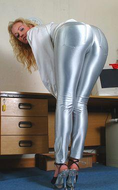 Asiatiske læder bukser porno