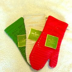Kate Spade 3 oven mitts NWT set of 3 Kate Spade oven mitts- red, cream, and green. kate spade Accessories Gloves & Mittens
