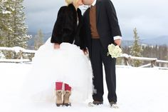 fur, tights and snow boots. // Jessi+Brock {Colorado} | Aaron Snow Photography