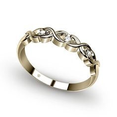 this would be a neat ring for my sister
