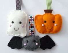 paper-and-string: trick or treat?