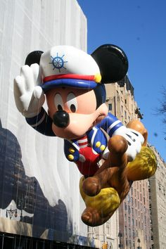 Macy's Parade- one day i will see this in person #fingerscrossed