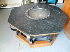 Fire Pit : Stone and metal
